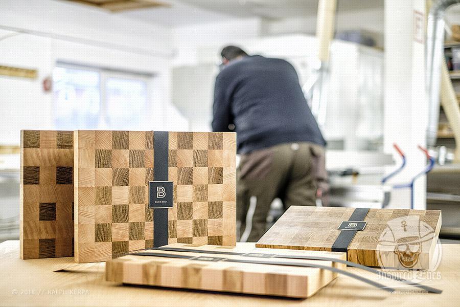 """BARNE BEAM steht für hochwertige und handgefertigte Produkte aus Holz """"Made in Nordfriesland"""" // Foto: Ralph Kerpa"""
