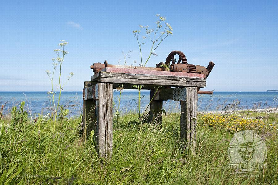 Alte Seilwinde am Strand von Himmark // Foto: Ralph Kerpa