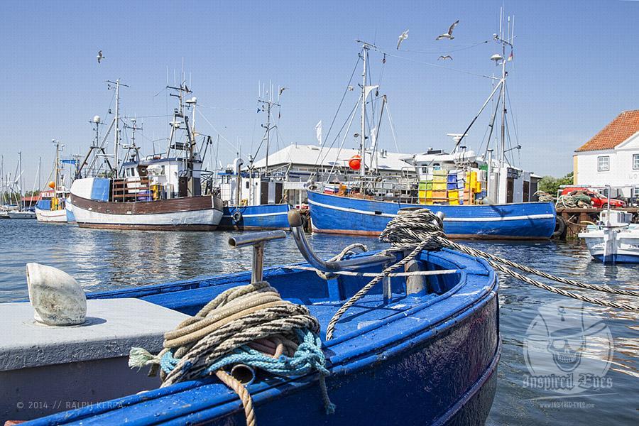 Fischerkutter im Erlebnishafen Burgstaaken auf der Ostseeinsel Fehmarn // Foto: Ralph Kerpa